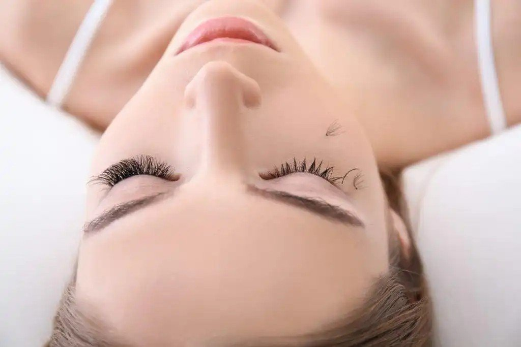 Read more about the article Do Eyelash Extensions damaging eyelashes?!